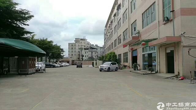 平湖平吉大道附近工业区一楼650平方米厂房仓库招租