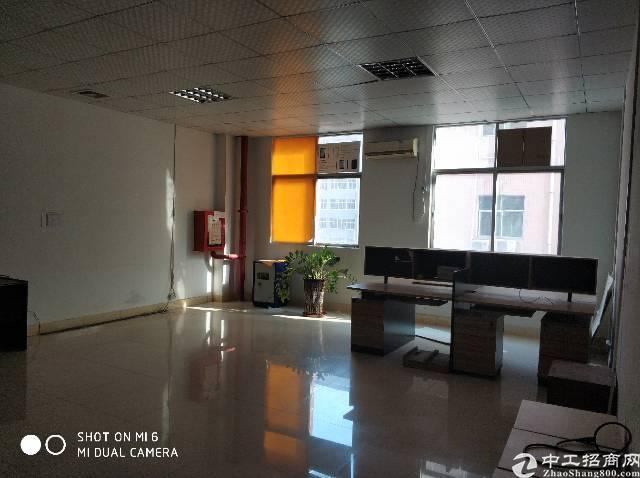 福永桥头楼上800平方厂房出租