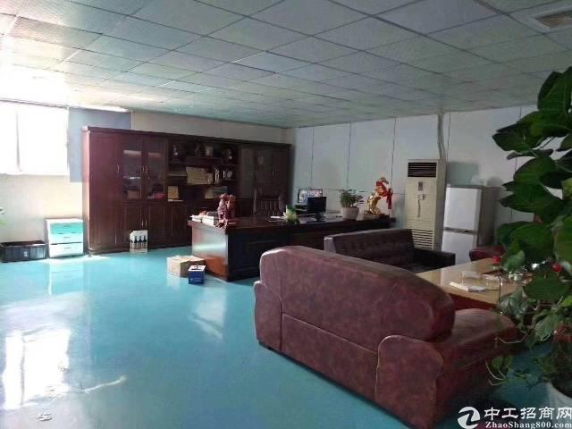 福永新出楼上一整层1900平方,带精装,元转让费,
