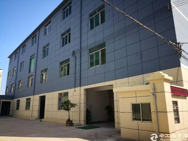 龙华区新出厂房1-4F5200平方