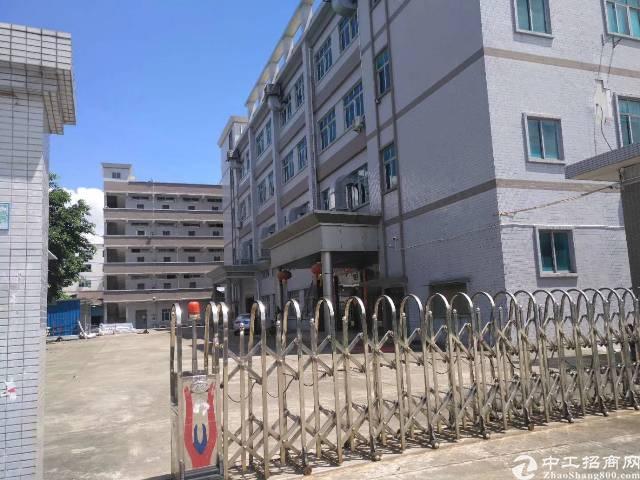 西乡黄图107国道附近新出厂房独栋5200平米出租
