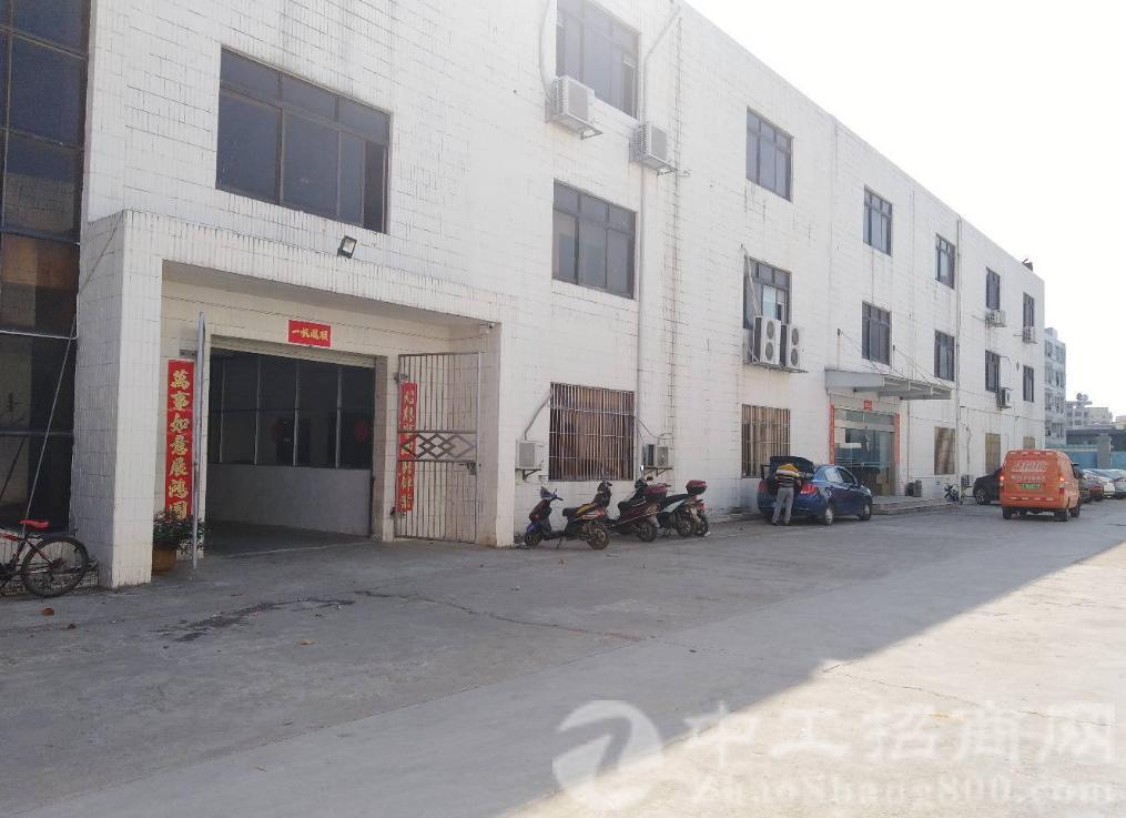 沙井主干道附近新出独门独院4300平米厂房出租
