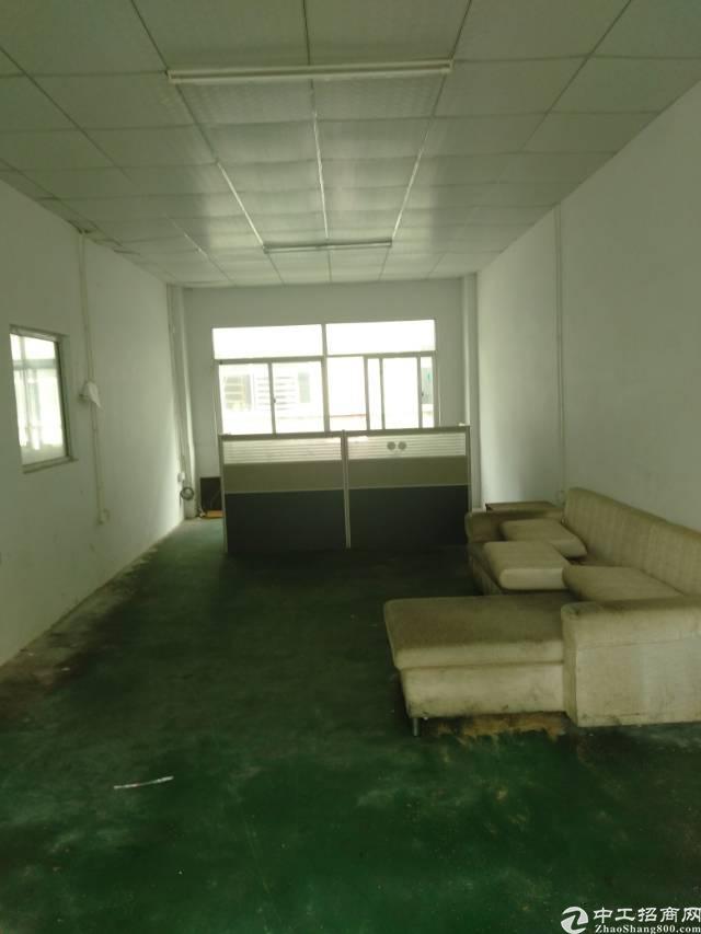 松岗沙江路新出楼上400平带办公室