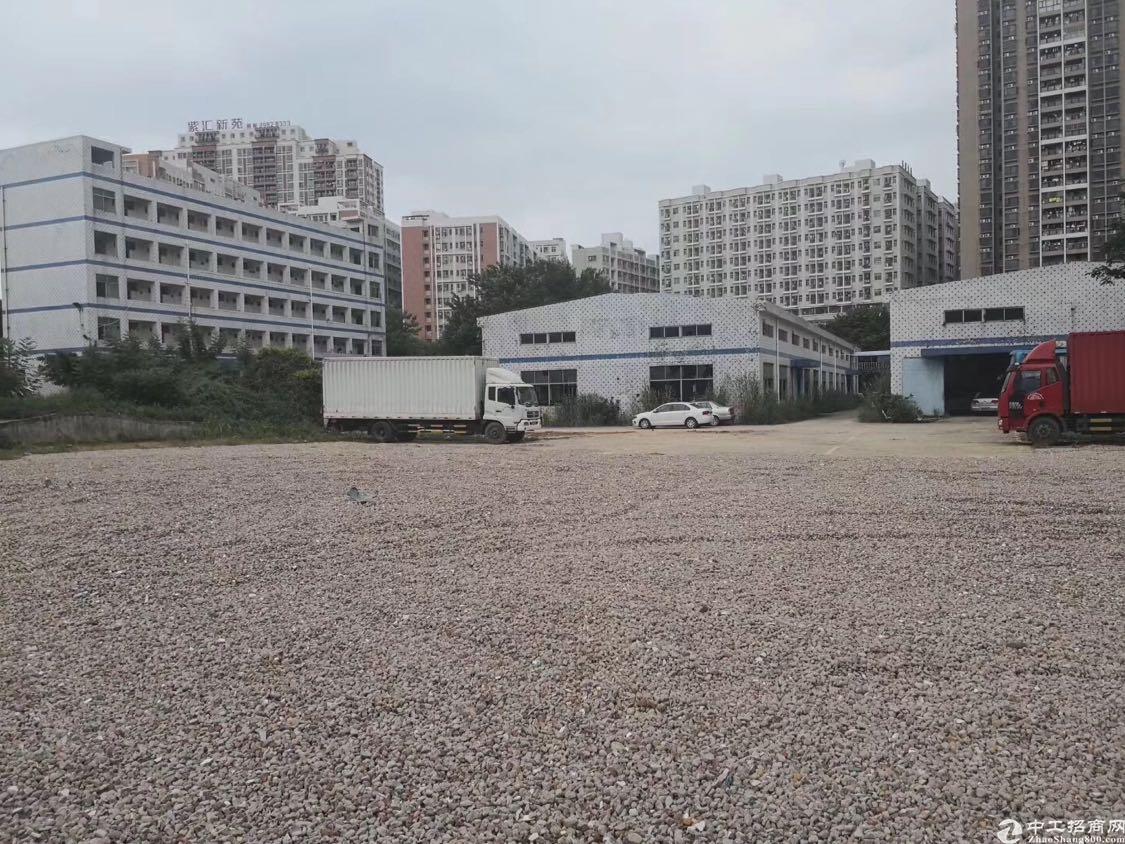 观澜大富工业区3500平米空地招租,可做充电桩!