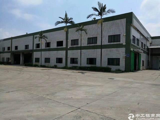 龙岗新出 钢构独院厂房13600平 有豪华装修的办公室