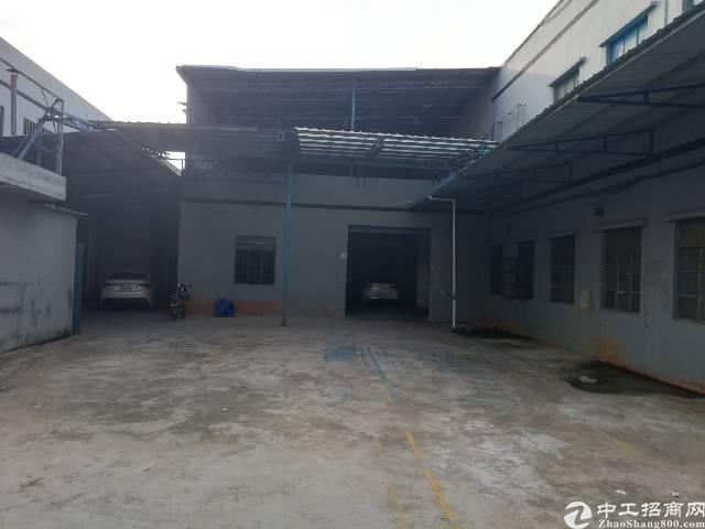 凤岗镇新出经典小独院2780平精装办公室空地大可进大小车