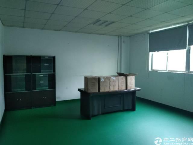 石岩水田新出楼上装修厂房200平出租-图2