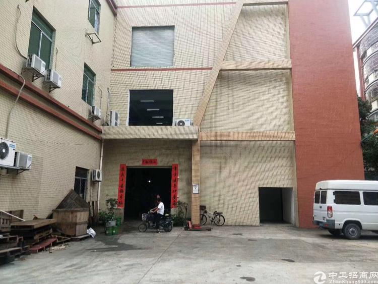 凤岗镇雁田一楼860平带装修的办公室