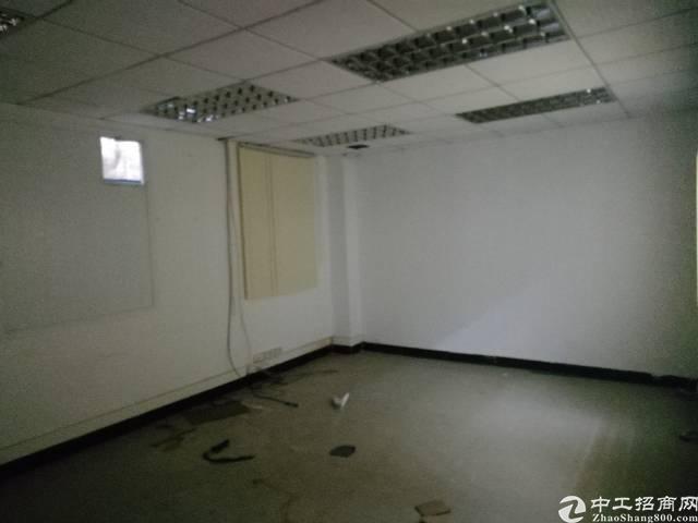 凤岗镇官井头新出独院二楼690平米精装修地板砖吊顶适合轻工业