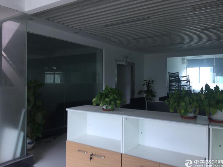 松岗燕川二楼1200平精装修厂房出租