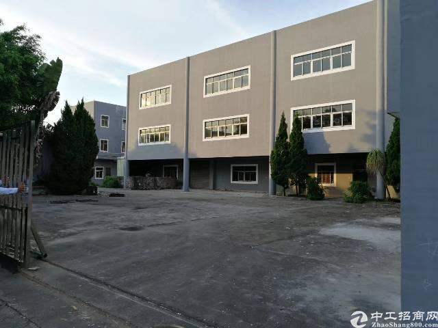 独门独厂房两层4500平 宿舍1500平