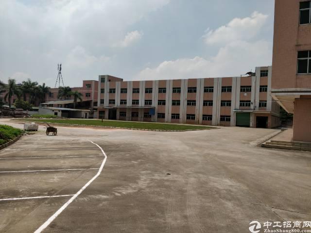 黄江镇靠公明独门独院标准厂房3000一层