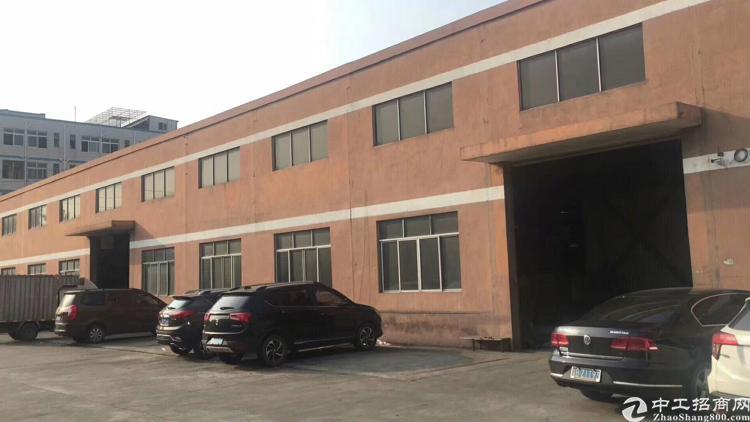 独院仓库厂房观澜12米高独院钢构厂房带卸货平台
