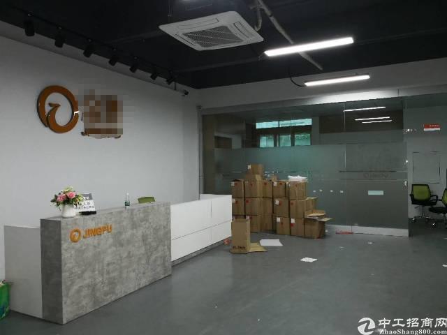沙井后亭地铁口边三楼厂房900平方出租