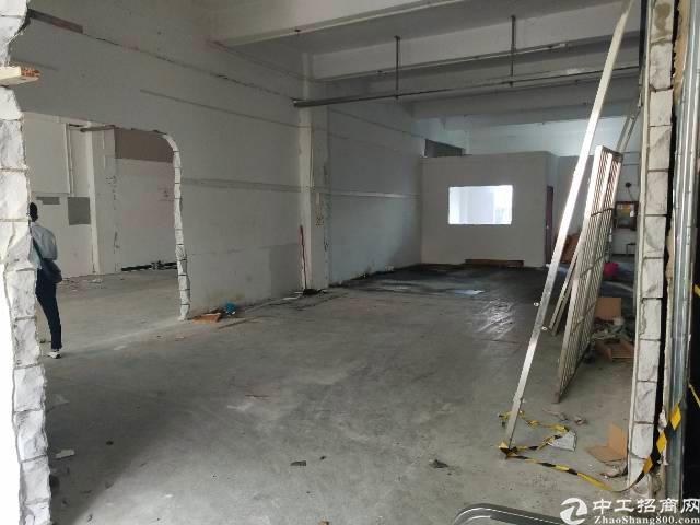 松岗芙蓉路一层厂房分租四到500。