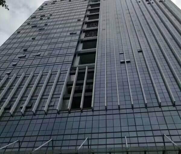 (出租) 衔接福永地铁口 星港同创汇200平 精装 带隔间图片1