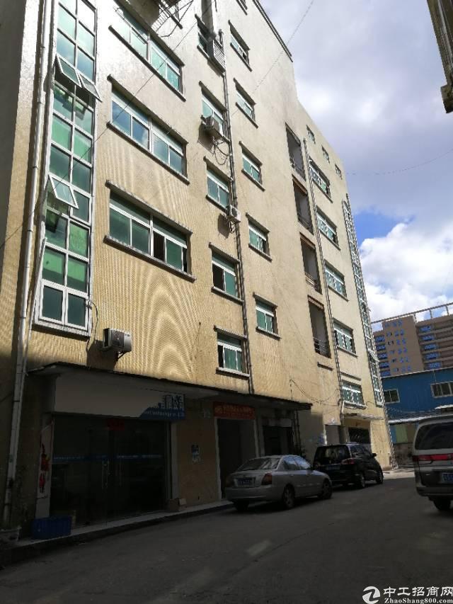 凤岗新出二楼500平米带地坪漆带办公室标准厂房