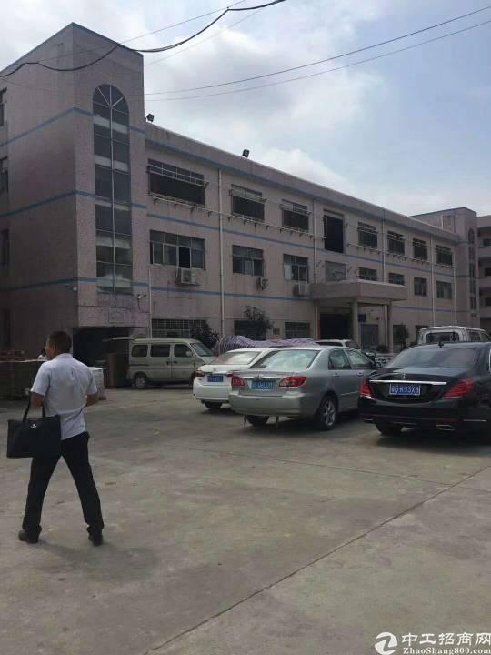 黄江北岸村二楼1000平方米厂房带装修出租