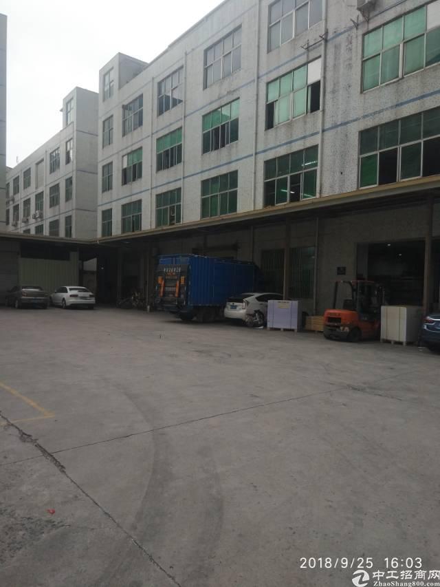 平湖镇华南城附近新出一楼厂房出租