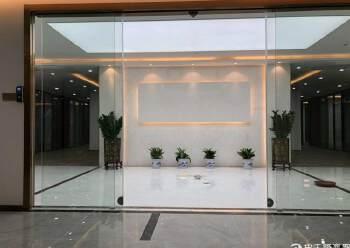 龙华中心区地铁口五分钟路程甲级精装修写字楼750平出租图片4