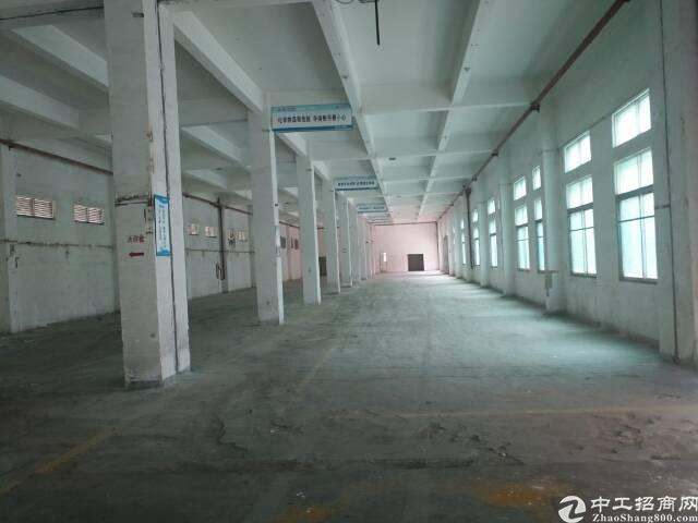 石岩艾美特附近独栋单一层2300平方厂房出租