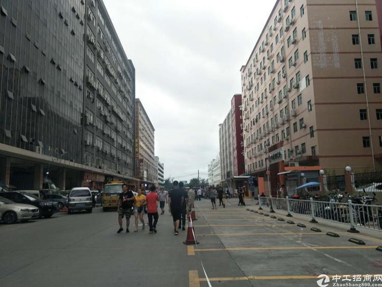 福永和平沿江高速出口附近新出楼上2000平方厂房出租-图2