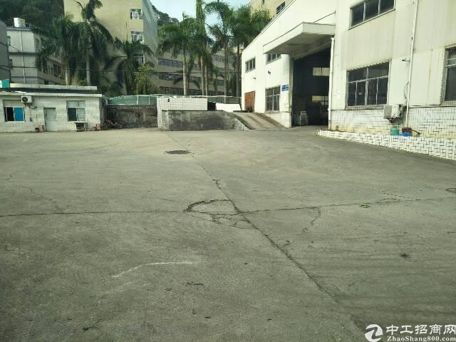 横岗简龙工业园一楼仓库1500平招租