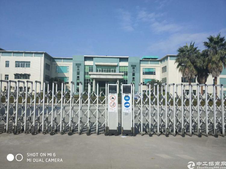 福永塘尾新出一楼2000平方带行车厂房出租
