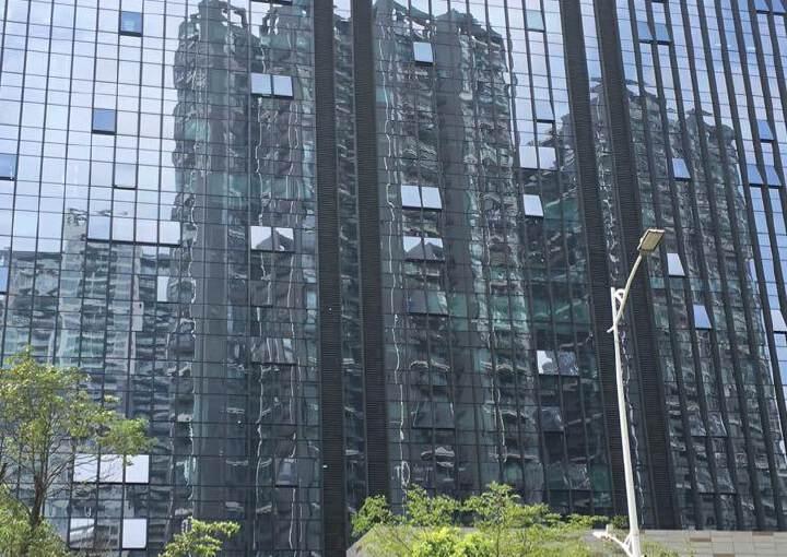龙华中心区地铁口附近商业激动甲级写字楼168平出租图片1