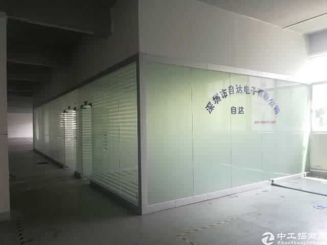 原房东出租宝安区福永塘尾地铁口附近1500平精装厂房-图2