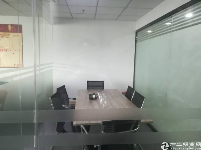 油松新出精装办公室带隔间无转让费