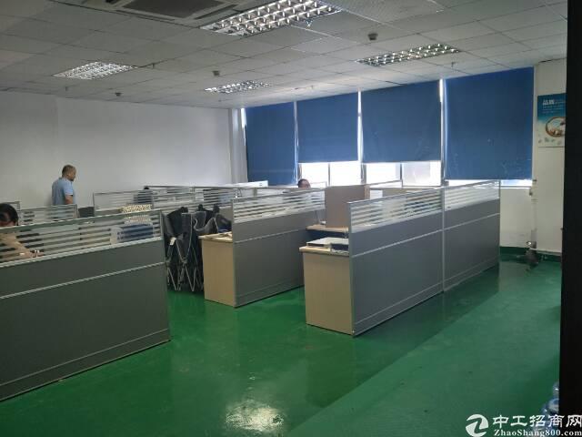 西乡固戍大门超靓厂房带装修2020平方租金30元出租