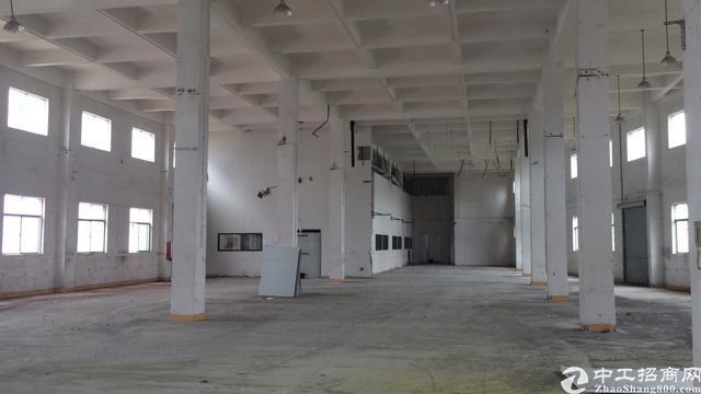 标准两层厂房3560平方米出租