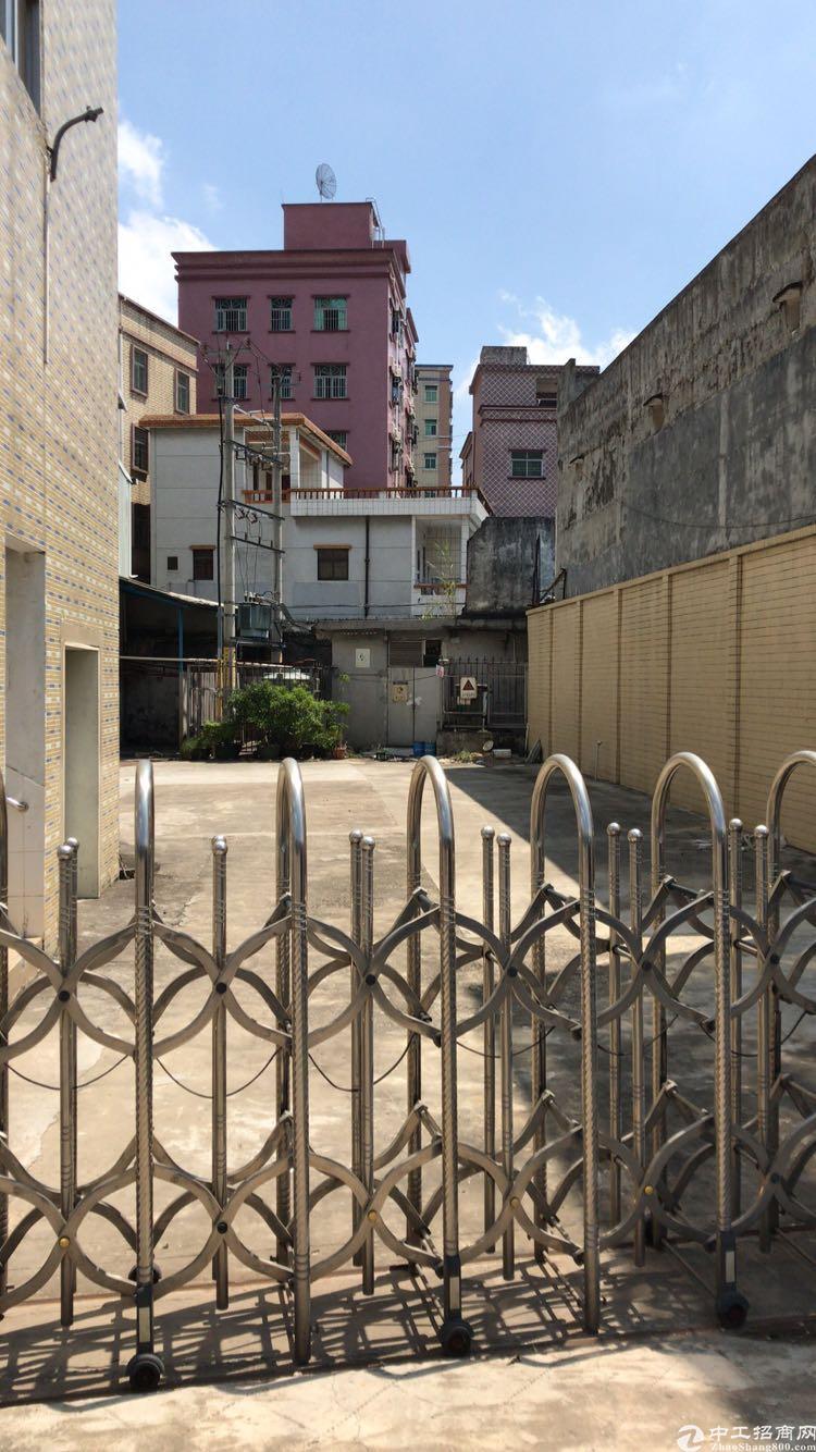 东莞凤岗小独门独院厂房,非常稀有,目前空置