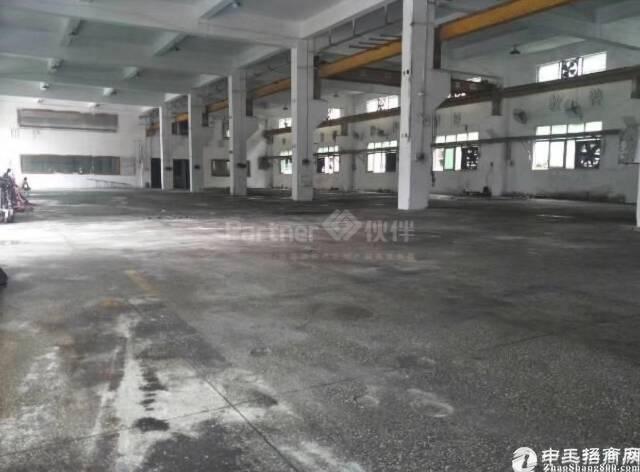 平湖新木工业区一二楼5000平方厂房招租