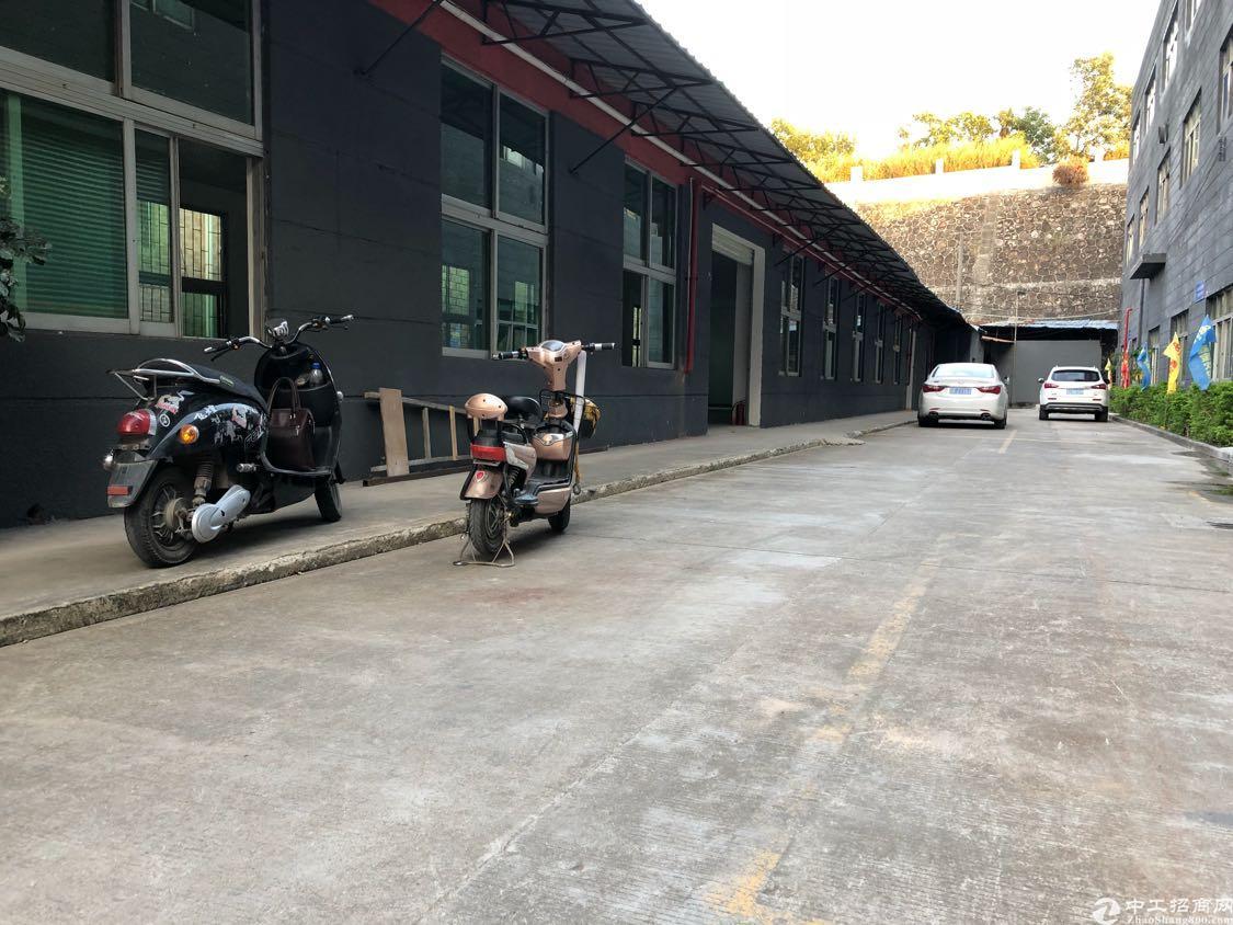 龙华区观澜福民红本工业区一楼厂房850平米出租