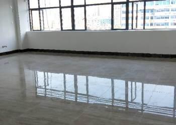 宝安区西碧海湾地铁口精装写字楼113平出租图片5
