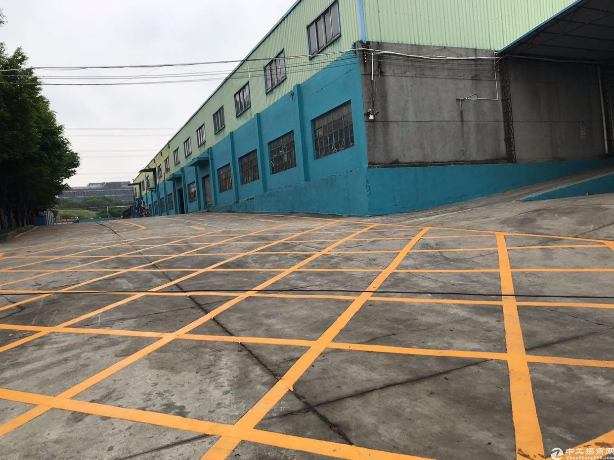 观澜牛湖环观南路旁出一楼钢结构厂房5300平出租
