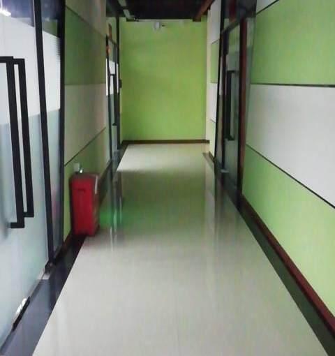 横岗地铁站办公室135平出租图片3