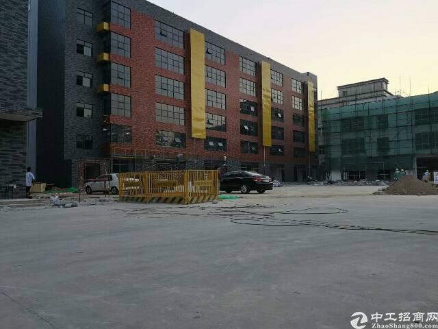 龙华大浪原房东厂房楼上3380平,面积实在-图2