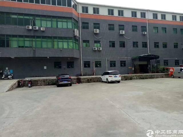 西乡鹤洲一楼整层2300平方厂房招租