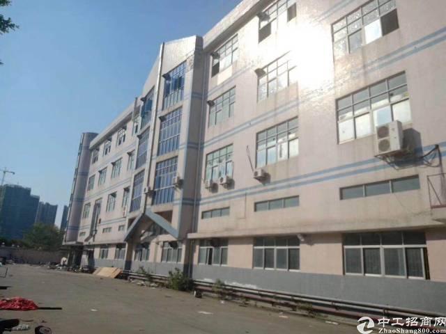 西乡银田工业区共和工业路边上新出独院厂房10400平米出租