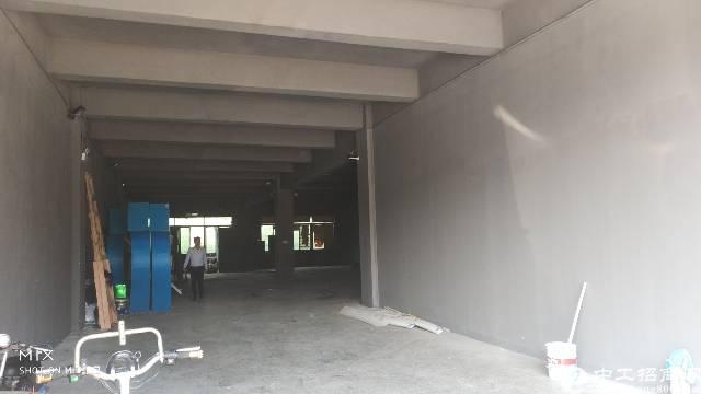 龙岗中心城附近南联标准厂房一楼700平出租-图4