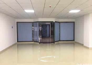 福永沿江高速出口会展中心写字楼精装修200平方图片3