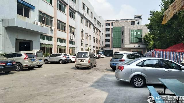 厚街新出二楼标准厂房1100平方米招租