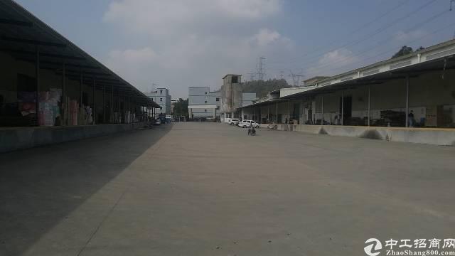 横岗园山街道环山路仓库6900平方米仓库