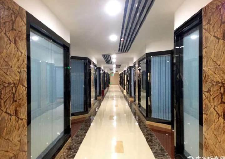 福永沿江高速出口会展中心写字楼精装修200平方图片4