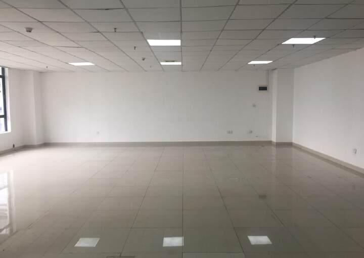 油松甲级写字楼140平租55平图片2