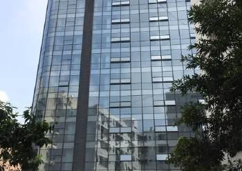 清湖地铁站高端写字楼出租带装修200平起分图片3