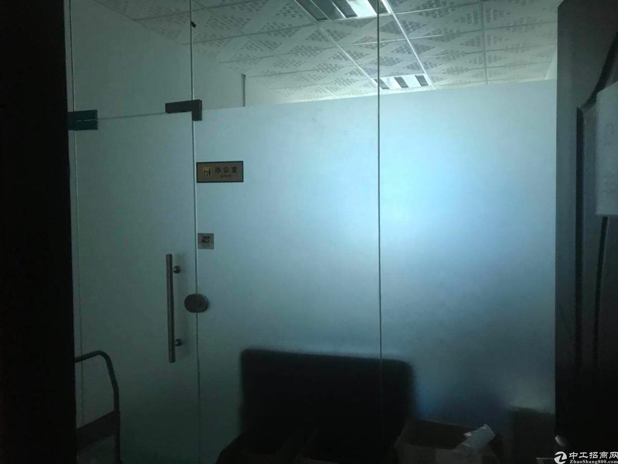 大浪靠近石岩附近新出楼上700平,办公室车间都是现成的,无转